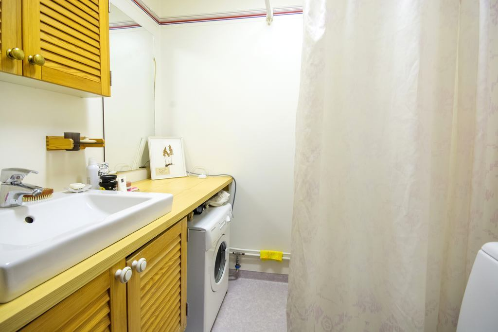 Badrum till lägenhet nr 1.