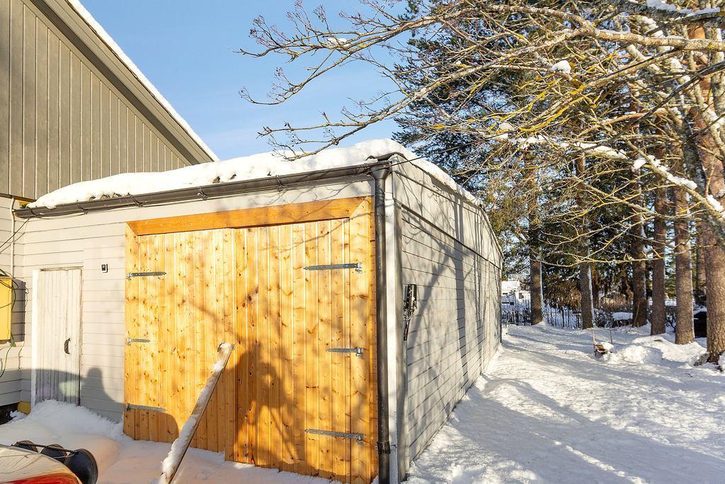 Nya garagedörrar