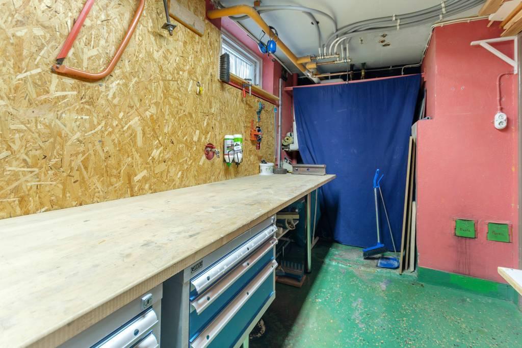 Hobby/pannrum på källarplan